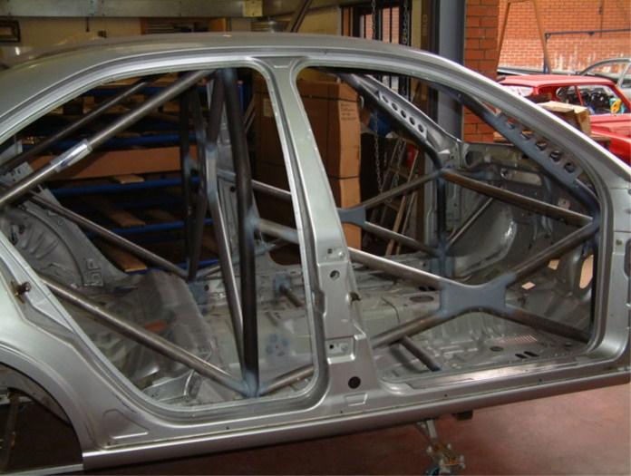 Klatka Bezpieczeństwa Custom Cages Ford Mondeo